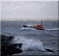 J5082 : Pilot Boat 'PB3' off Bangor by Rossographer