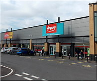 ST1167 : Argos, Barry by Jaggery