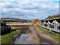 SU7385 : Cattle Pens, Bix Hall Farm by Des Blenkinsopp