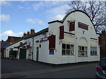 TA0322 : The Queens pub, Barton-upon-Humber by JThomas