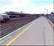 SP5006 : Platform 2, Oxford railway station by Jaggery