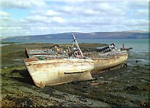 NM5643 : No longer seaworthy by Gordon Hatton
