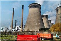 SE4824 : Ferrybridge power station by derek dye