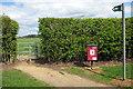 SP8823 : Public footpath to Linslade by Philip Jeffrey