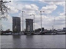TQ2977 : Riverside construction, Nine Elms SW8 by Robin Sones