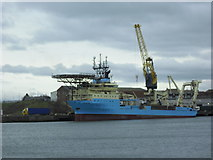 NZ4057 : Shipping at mouth of Wear by rob bishop