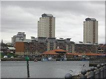 NZ4057 : Urban development on banks of River Wear by rob bishop