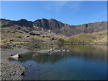 SH6354 : Y Lliwedd and Llyn Llydaw by Gareth James