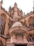 ST7564 : Bath Abbey & Statue by william