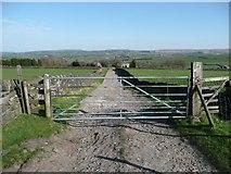 SE0120 : Gate on Ripponden Bridleway 8 by Humphrey Bolton