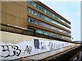 TG2209 : Subway Graffiti by Des Blenkinsopp