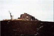 NJ5305 : Summit of Craiglich by Stanley Howe