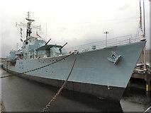 TQ7569 : Chatham Royal Dockyard, Dry Dock No 2, HMS Cavalier by David Dixon