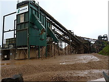 SK1814 : Screening and washing plant in Alrewas quarry by Richard Law
