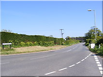TM4678 : Wangford Hill, Wangford by Adrian Cable