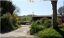TQ5802 : Entrance to Chalk Farm, Willingdon by nick macneill