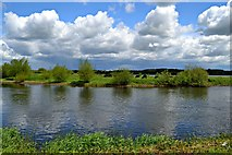 SK1814 : Tranquil setting at Alrewas, Staffordshire by David Williams
