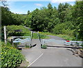 SO1400 : Southern entrance to Parc Cwm Darran, Bargoed by Jaggery
