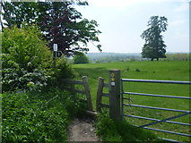 TQ5344 : Squeeze stile on the Eden Valley Walk by Marathon