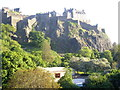 NT2573 : A view of the Castle Rock complex, Edinburgh by Stanley Howe