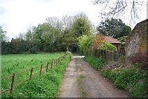 TQ6668 : Footpath near Crocker's Place by N Chadwick