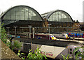 TQ3083 : King's Cross Station platforms by Julian Osley