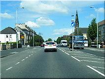 NS4765 : A726 Greenock Road nears Clark Street by Colin Pyle
