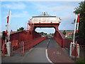 TA0930 : Wilmington Swing Bridge, Hull HU8 by David Hallam-Jones