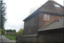 TQ6668 : House on Sole Street by N Chadwick