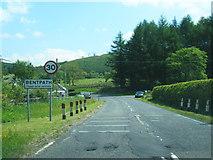 NY3090 : B709 southbound at Bentpath village boundary by Colin Pyle