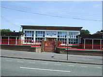 SP0694 : Great Barr Primary School by JThomas