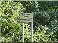 SK4646 : Bilingual notice on Bridge Road by Alan Murray-Rust