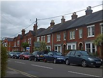 SU3521 : Terraced houses in Station Road, Romsey by David Smith