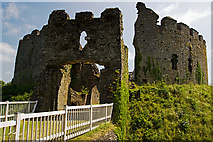 SX1061 : Restormel Castle, Lostwithiel - the gatehouse (1) by Mike Searle