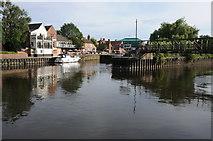 SK7953 : River Trent, Newark on Trent by Philip Halling