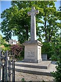 SZ5881 : War Memorial and Memorial Garden, Shanklin by David Dixon