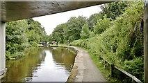SE0511 : Huddersfield Narrow Canal by Chris Morgan