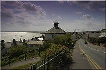 TQ8485 : Leigh-on-Sea by Adrian Benn