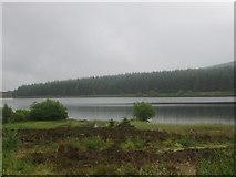 NN7754 : A view of Loch Kinardochy by James Denham