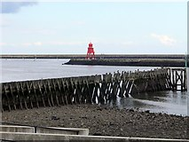NZ3668 : South Groyne, South Shields from Clifford's Fort, North Shields by Andrew Curtis