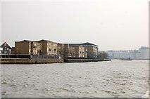 TQ3778 : Riverside apartments near Masthouse Terrace, Isle of Dogs by Trevor Harris