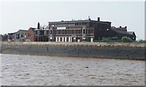 TA0827 : Former premises of Globe Enginereeing Ltd, Hull by Christine Johnstone