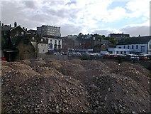 TQ7568 : Piles of Gravel, Sun Pier by David Anstiss