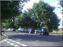 TQ1666 : Ewell Road, Thames Ditton by David Howard