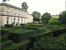 SP5206 : Botanic Garden Vicinity, Oxford by David Hallam-Jones