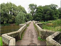 SJ9922 : Crossing the Essex Bridge by Stephen Craven