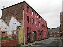 SJ9172 : Half Street, Macclesfield by David Weston