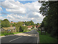 SE6084 : Entering Helmsley from the west by Pauline E