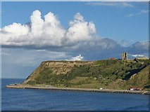 TA0489 : Scarborough Castle by Robin Drayton