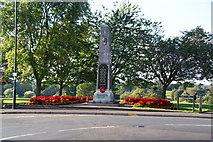 SP2871 : War memorial in Kenilworth by Bill Boaden